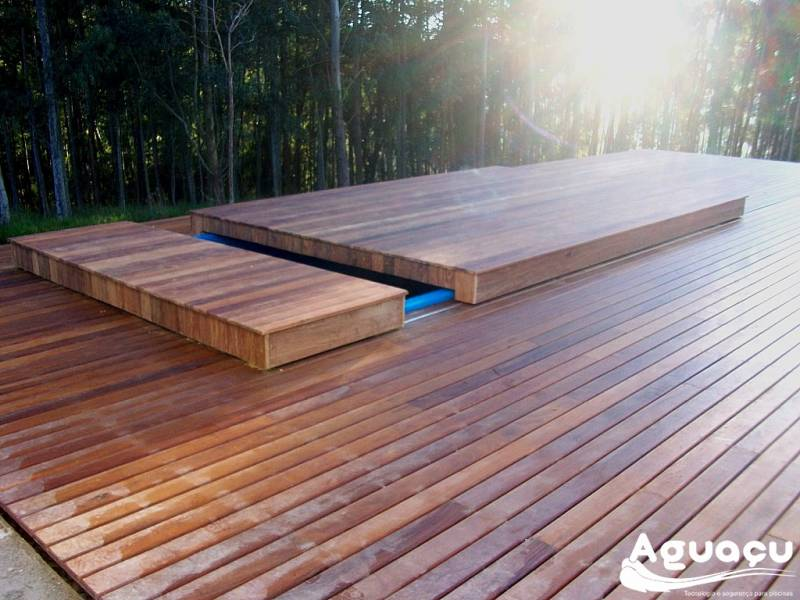 Deck Retrátil de Piscina